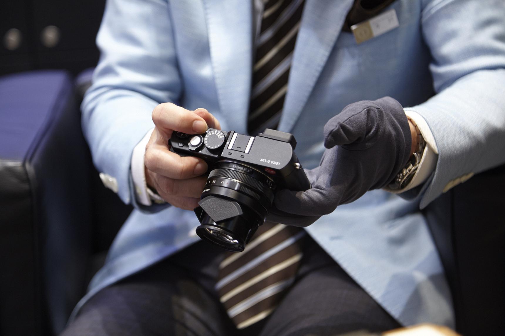 コンパクトデジタルカメラ「D-LUX」